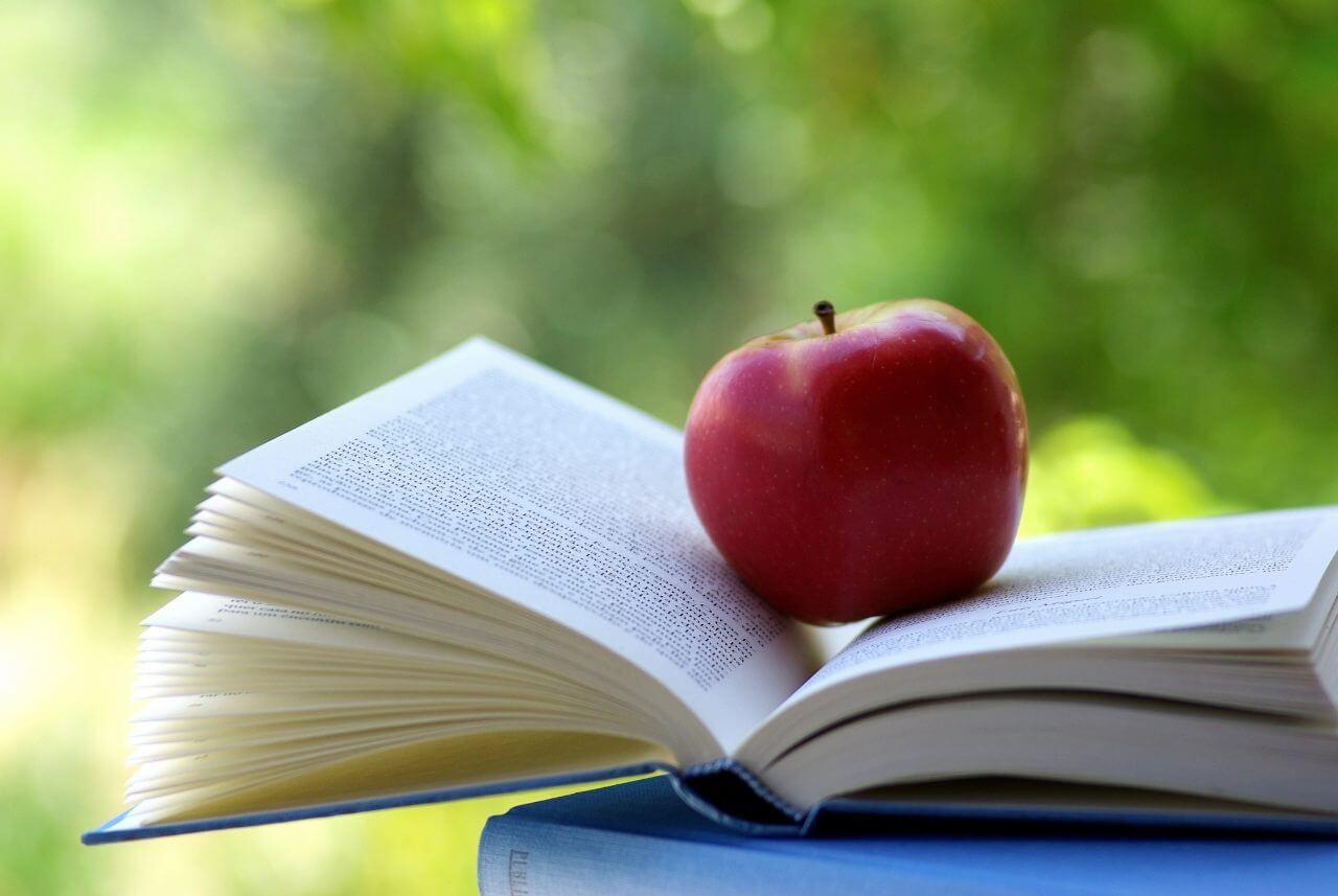 book.apple_-1280x857.jpg