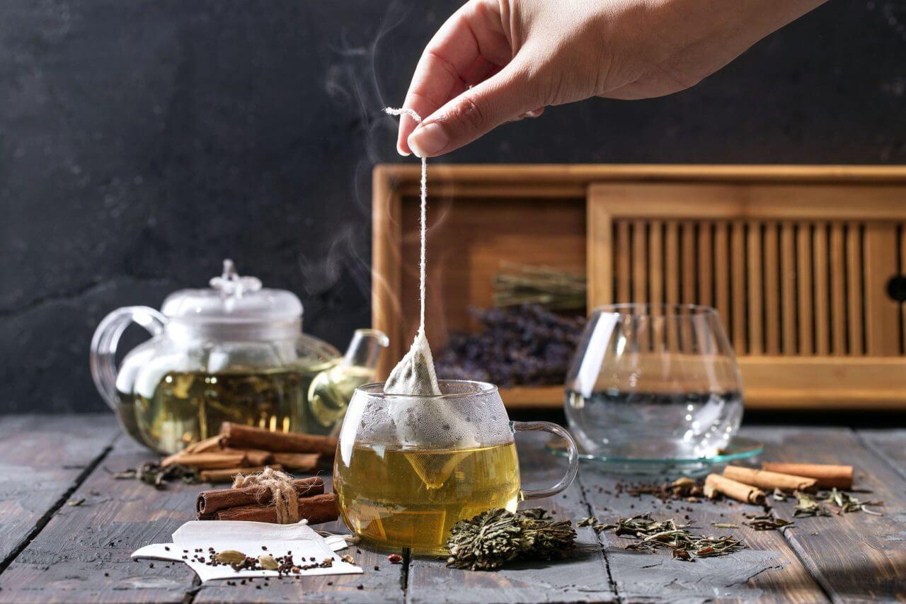 green-tea-benefits-1578337166-1280x853.jpg